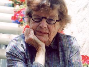 Jean Chapman (2)
